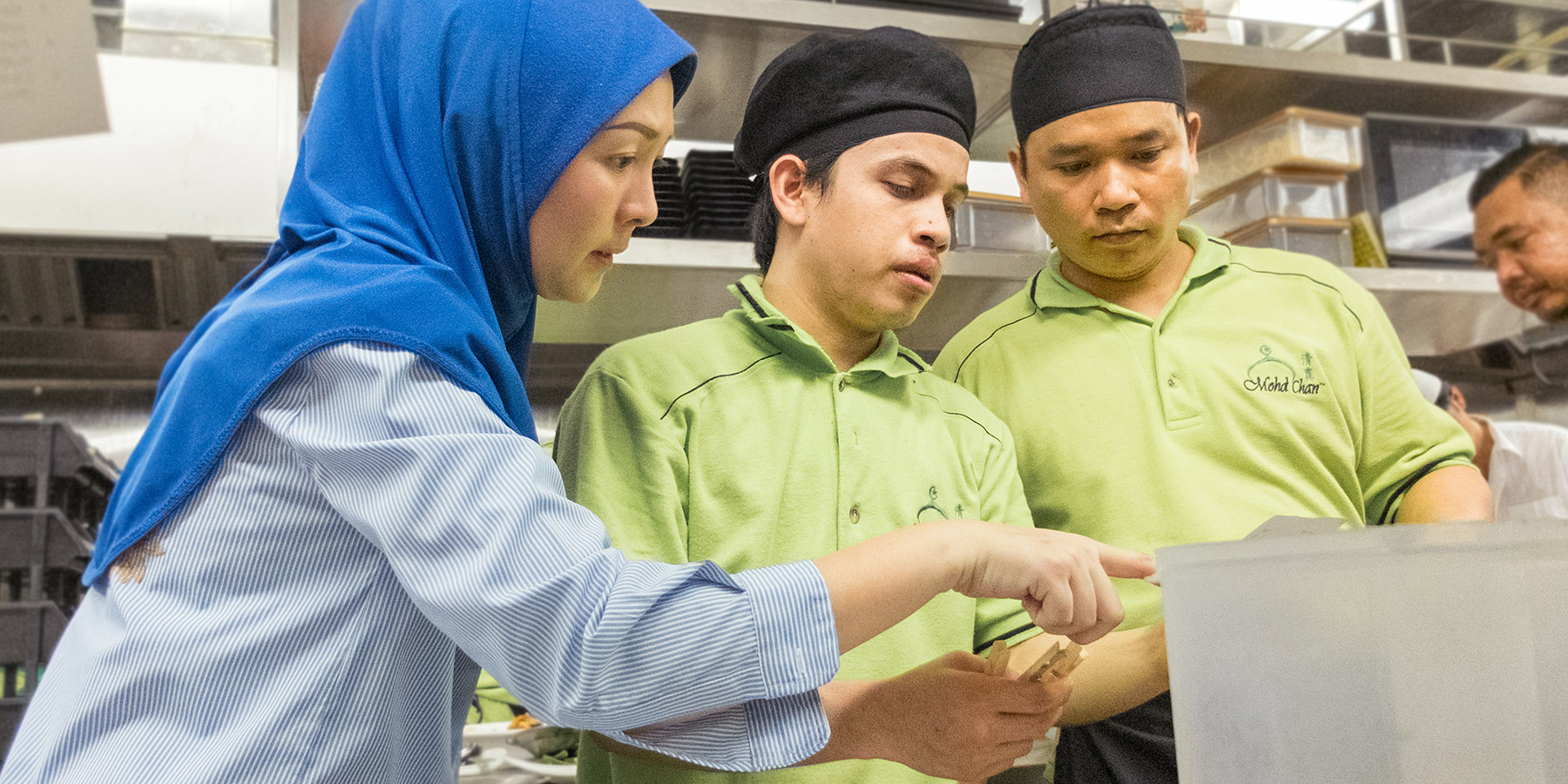 Best Halal Restaurant Chinese Muslim Cuisine Seafood Dim Sum As Qr Satu Set Depan Belakang We Believe The Foundation Of Our Success Begins With People And Values That Determine Everything Do These Simple In